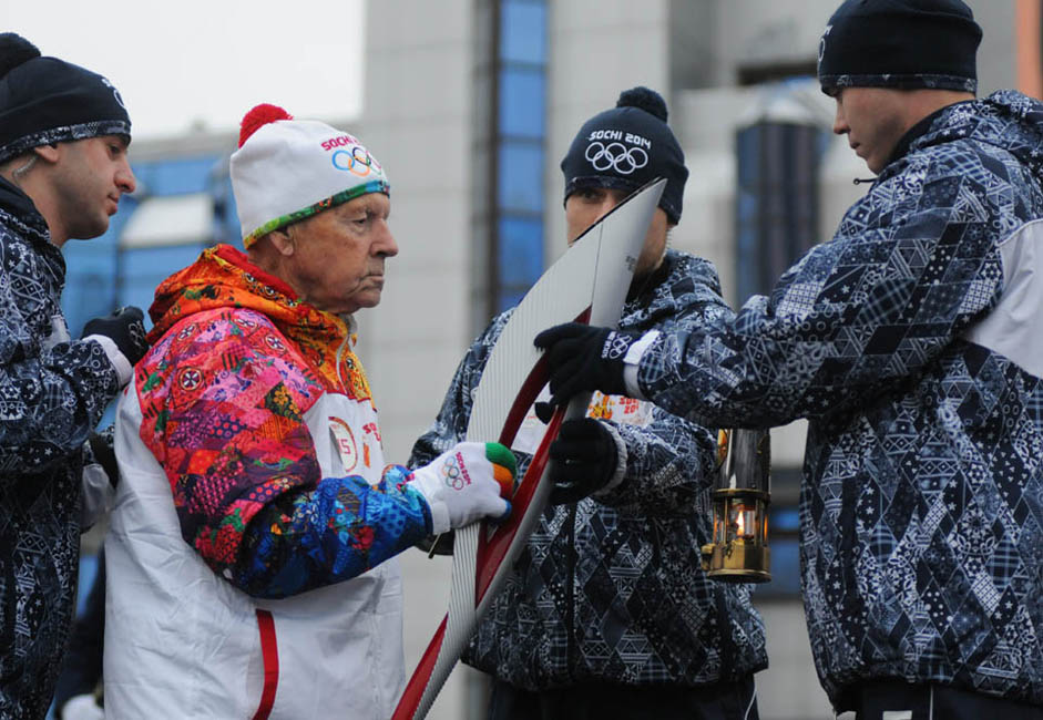 And when the Olympic torch relay passed through his hometown, he also became the most senior torchbearer in the history of the Olympic Games. At the time, Kaptarenko was a sprightly 101 years old.