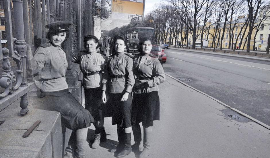 12/16. Девојке на Коњогвардејском булевару.