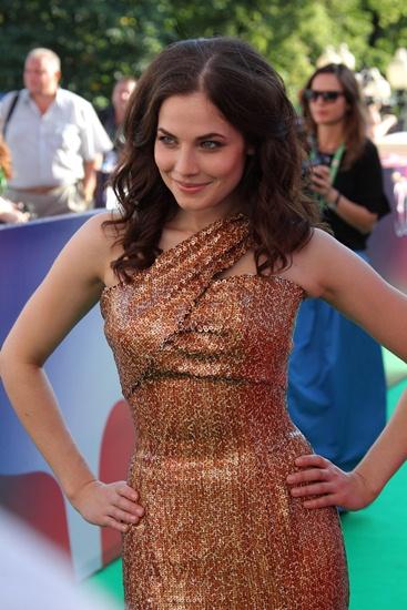9/12. Данас Јулија живи у САД, у Лос Анђелесу, где наставља да гради своју глумачку каријеру и посећује аудиције.