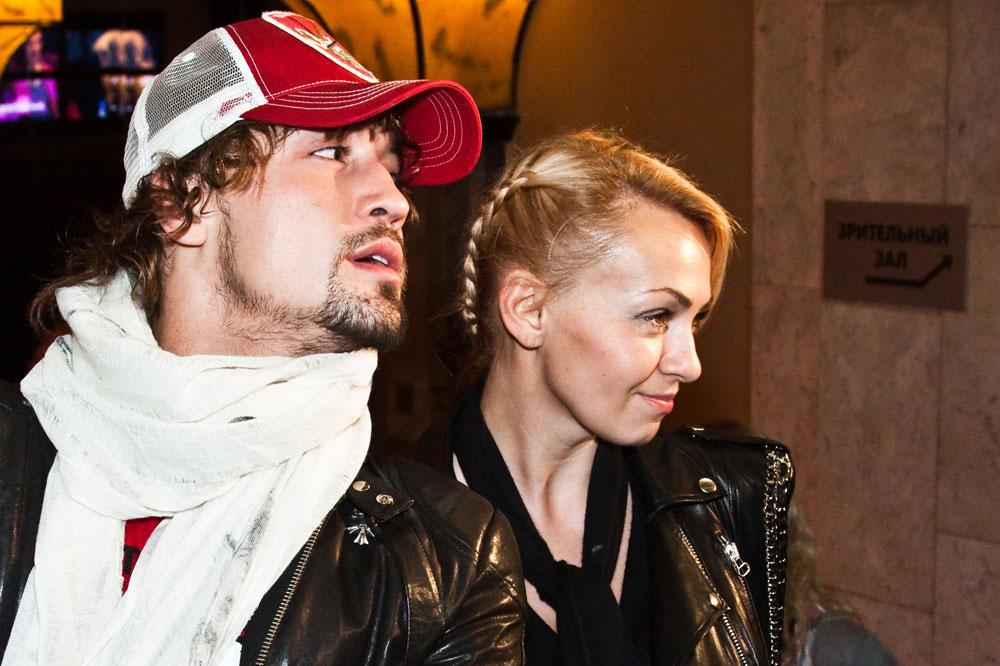 2005年に初めてプロデューサーを務める。ロシア人歌手ジーマ・ビランは2006年、ヤナのプロデュースでユーロビジョンに出場し、2位になった。