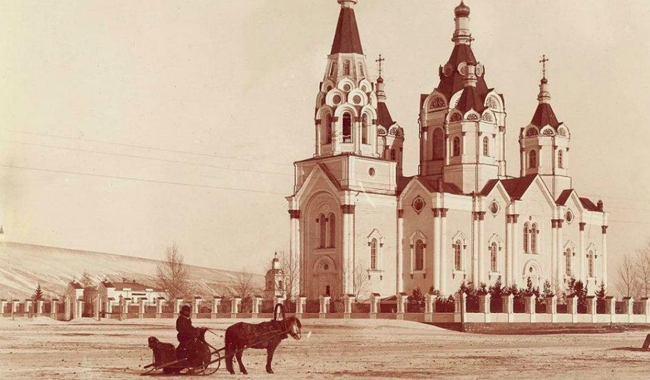 12/16. Цркве у Краснојарску. Краснојарск је једна од главних станица на Транссибирској прузи.