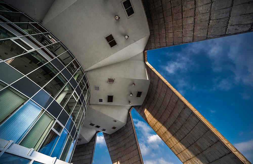 Tim layanan dari menara televisi ini secara aktif ikut mempersiapkan dan menggelar Olimpiade 1980 di Moskow. Agar dapat menyiarkan kegiatan Olimpiade, menara ini dilengkapi dengan tambahan delapan pemancar televisi serta sistem penerima dan transmisi dari stasiun berita TV internasional CNN.