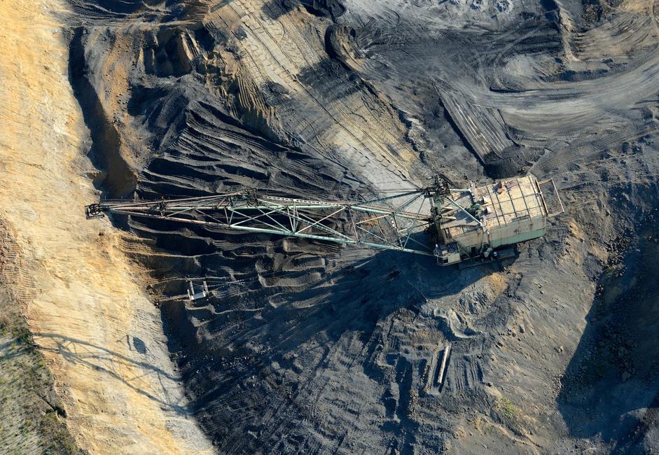 Кузбас производи око 56% мрког, око 80% каменог угља и 100% кокса у Русији.