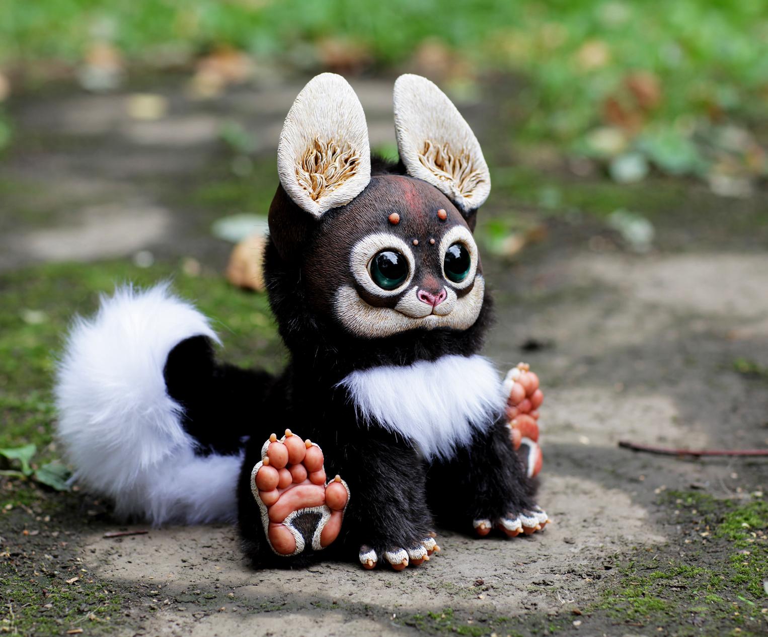 彼女のおもちゃはファンタジー風に作られているが、より現実的で生き生きとした人形になるように、彼女は一定レベルの自然さを加えるようにしている。こうしたアプローチに基づき、マリアさんは人形の表面のレリーフに集中する。