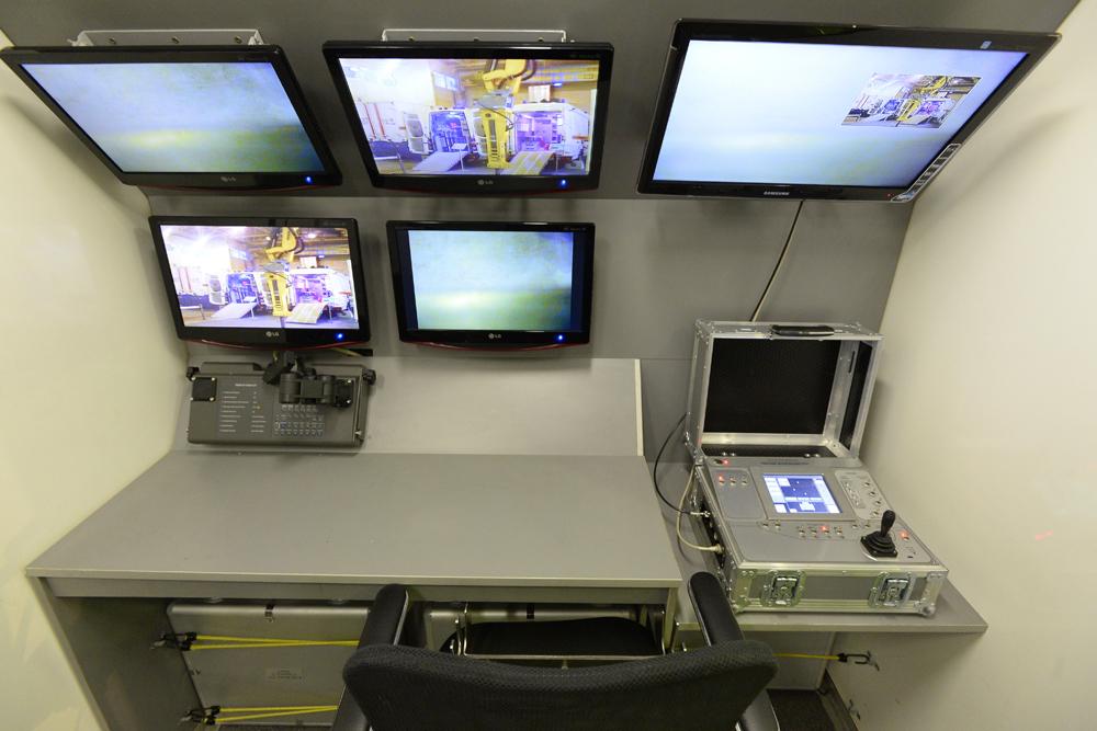 Por ejemplo, la capacidad de rescate del ministerio se han visto enormemente ampliada gracias a los sistemas robóticos Brokk de Suecia y a la serie MF RTC de Alemania.