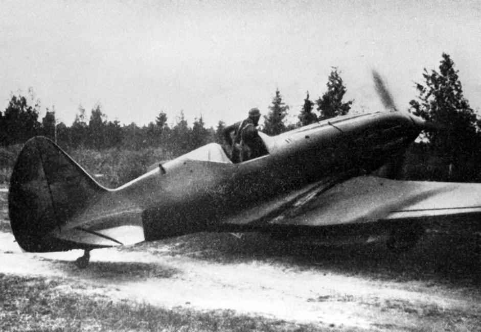 MiG-3 je bio sovjetski lovački zrakoplov korišten za vrijeme Drugog svjetskog rata.