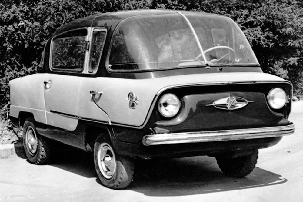Belka. Back in the late 1940s, Yuri Dolmatovsky, brother of Soviet poet Yevgeny Dolmatovsky, pondered the pros of wagon-style design. It was his involvement that led to the development of the first Soviet passenger MPV. Alas, Dolmatovsky's efforts, which found favorable reviews even in the pages of foreign automotive publications, failed to win support from above. Only a single prototype was made, and even that was scrapped in 1954. Seven years later, the Chevrolet Corvair Greenbrier appeared on the U.S., based on Dolmatovsky's ideas.