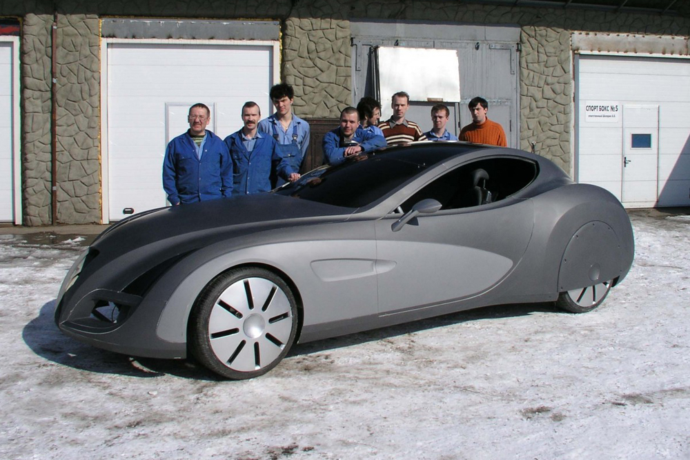 In 2006, Russian car maker Russo-Baltique, in collaboration with German company Gerg GmbH, created the concept car Russo-Baltique Impression. The car was demonstrated in Europe at Concorso d'Eleganza Villa d'Este 2006 and at the Geneva Motor Show in 2007. Gerg GmbH, located near Munich, lent its production facilities to the project. Some interesting features are the LED lights and variably transparent roof. The vehicle was produced in small batches of 10-15 a year, priced at around $1.8 million. Although several orders were received, production did not get underway.