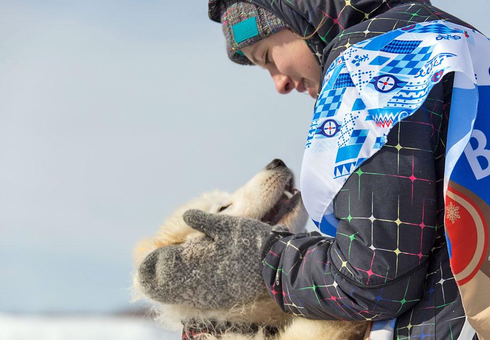 Beringia 2014 menyediakan hadiah hampir delapan juta rubel (sekitar dua setengah miliar rupiah). Musher yang memenangkan lomba akan menerima tiga juta rubel (sekitar 950 juta rupiah). Jumlah uang tersebut tergolong cukup besar, terutama bagi penduduk pedalaman Kamchatka, tempat bermukim sebagian besar peserta.