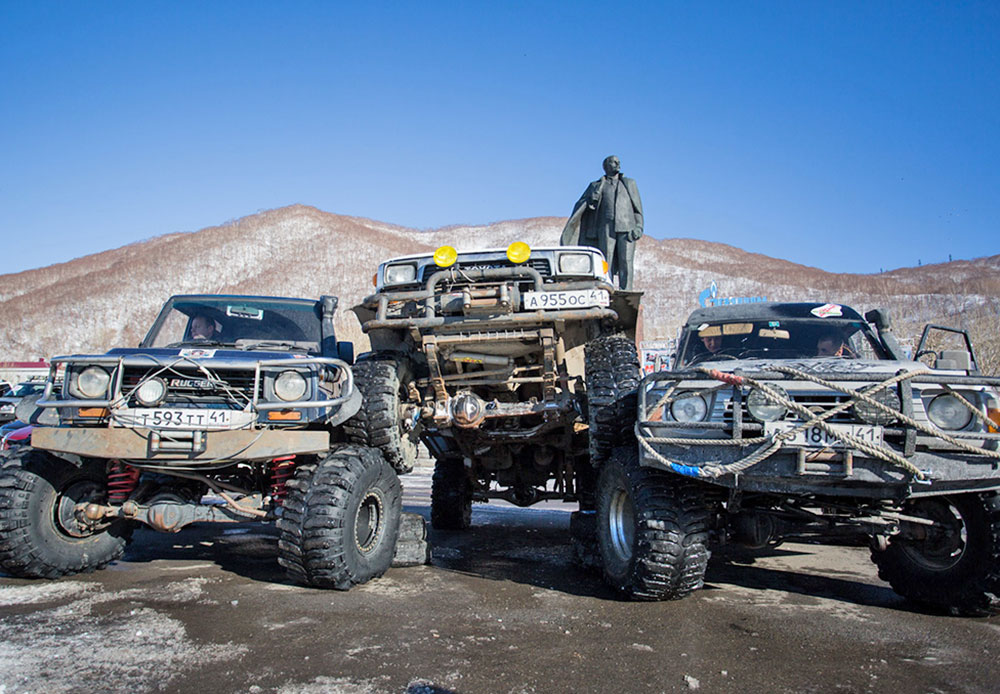 Off-road tourism is very popular among residents of Kamchatka. Often, remote parts of the peninsula can only be reached in cross-country vehicles.