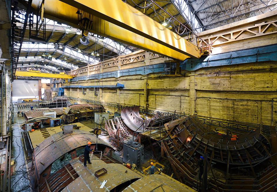 Setelah perang berakhir, perusahaan terus membangun kapal selam, kapal perang permukaan dan kapal sipil untuk berbagai kebutuhan.