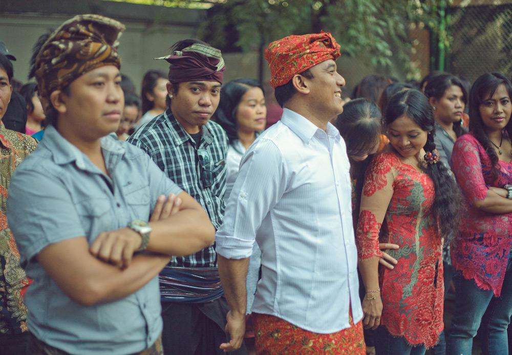 Masyarakat Indonesia di Rusia tanggal 17 Agustus 2014 turut melaksanaan upacara bendera dalam rangka memperingati HUT RI ke-69. Dalam foto ini adalah para tenaga kerja Indonesia (TKI) yang bekerja di Rusia.