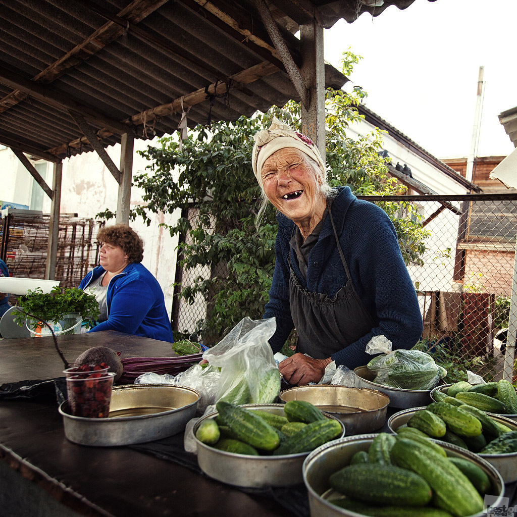 But if you manage it, a happy old age is guaranteed // A cucumber seller. Central market in Uglich, Yaroslavl region