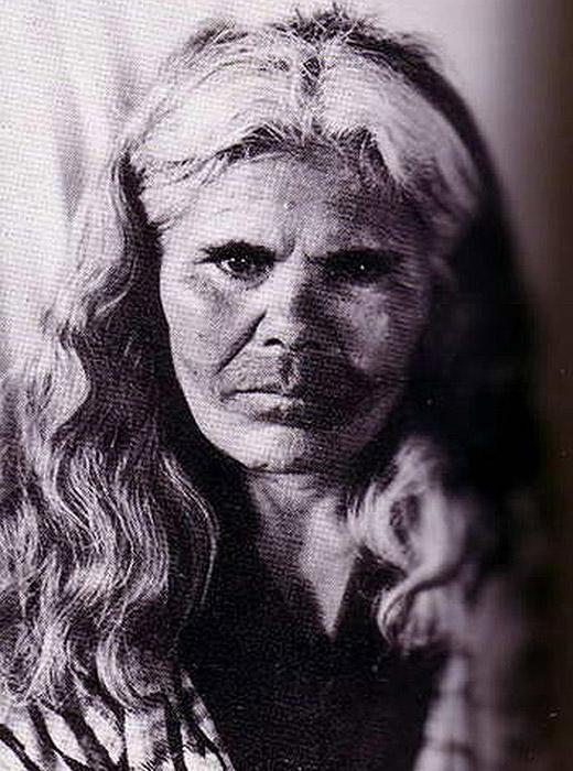 La dernière femme Aïnou à porter des tatouages traditionnels est décédée en 1998.