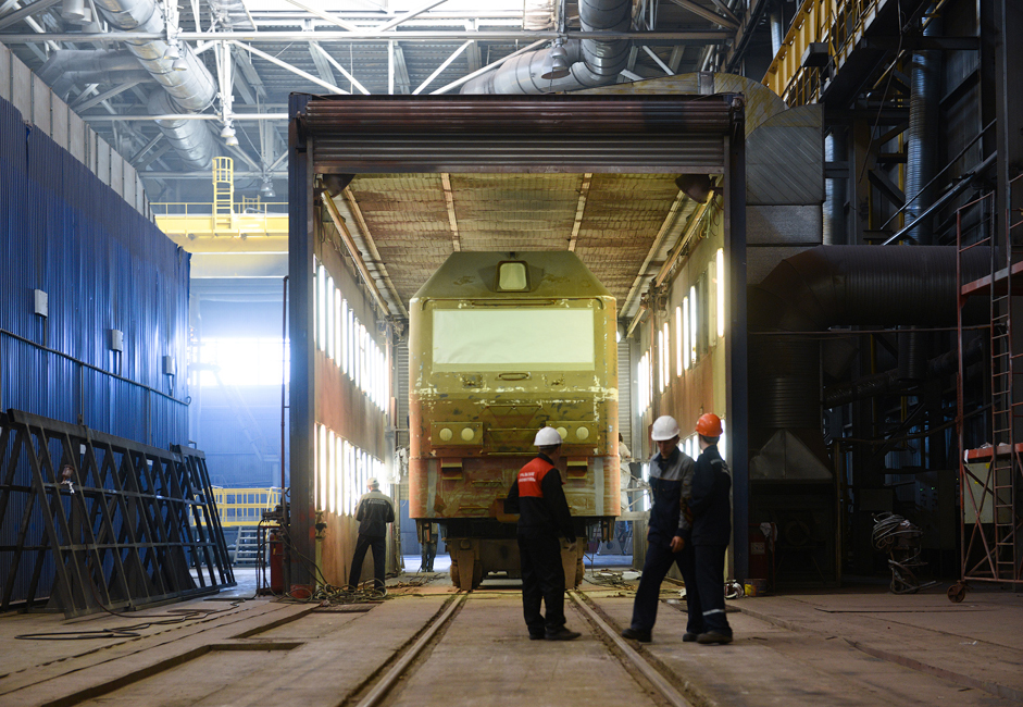 Tovarna je specializirana za množično proizvodnjo najnovejših vlakov, ki izstopajo zaradi nižjih stroškov proizvodnje, udobja za uporabnike in lastnosti, zaradi katerih so bolj okolju prijazni.