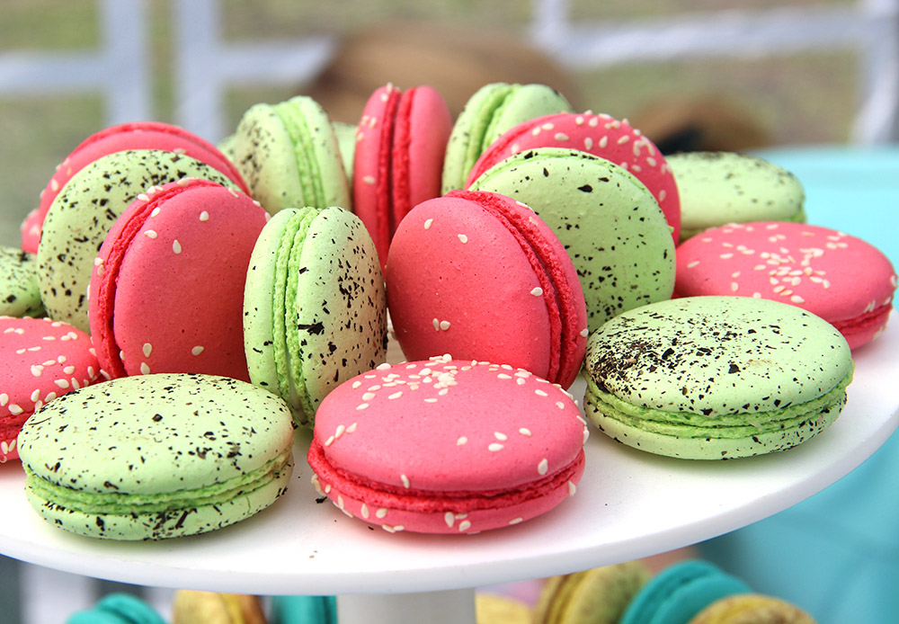 The well-known French pastries macaroons sat next to native Russian sweets. The festival intertwined the best of Russian and European traditions and recipes.