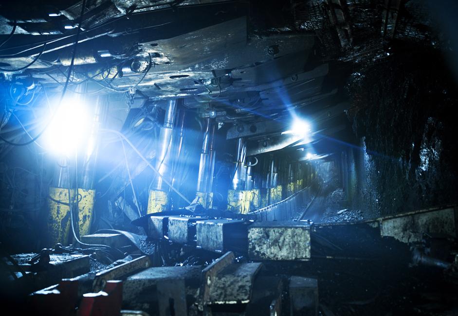 La mine a été complètement automatisée. Des convoyeurs sont déployés sur un total de huit kilomètres.