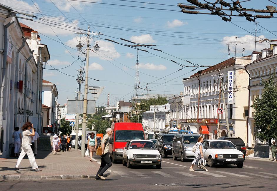 Die Stadt beherbergt eine Menge kleiner Hotels. Man kann auch ein Appartement mieten. Zwei Tage reichen für die wichtigsten Sehenswürdigkeiten. Wladimir ist so ein hervorragendes Ziel für einen Wochenendtrip.