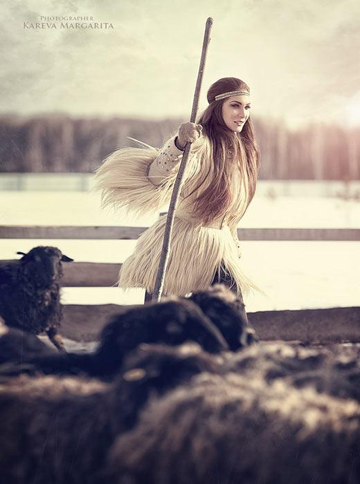 Une autre option était la dokha, un manteau fait de cuir de veau ou de poulain et couvert de fourrure à l'extérieur. Il y avait aussi les tulups, des manteaux de laine de mouton ou de fourrure de lapin longs et amples avec une grosse écharpe de fourrure.