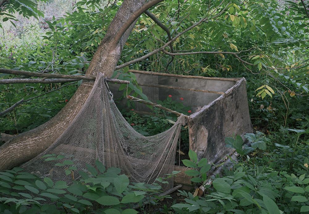 トカチェンコさんは3年間、地道に隠者の住処を探し出し、彼らと生活をともにし、話を聞いて写真を撮った。