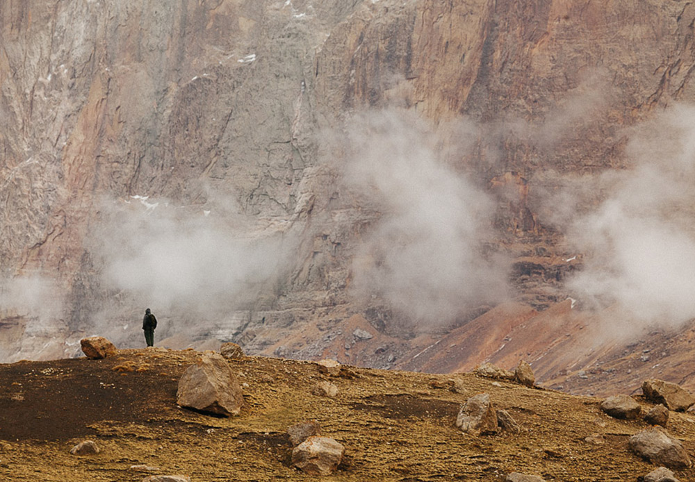 クルシュ村は海抜2,600メートルに位置する。