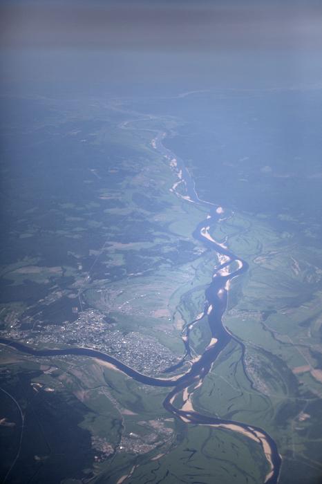 """Нестор, легендарният автор от най-старата оцеляла хроника """"Повест за изтминалите години"""", описва разположението на тези земи, като изброява имената на реките и водните канали тук. Средновековната Рус била речна цивилизация: кой не е чувал за търговския маршрут от врягите до гърците?"""