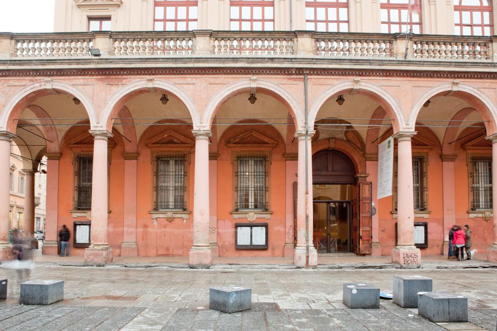 Il Teatro Comunale di Bologna ospitò per molti anni il tenore Nikolaj Ivanov, che si esibiva sulle note delle opere che Verdi e Donizetti scrissero appositamente per lui
