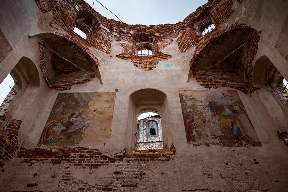 11/13. Међутим, у манастиру се 1629. појавио ковчег са грузијском иконом Богородице. У Русију је донета из грузијских земаља које су покорили муслимани, и трговац Иван Литкин даровао ју је манастиру.