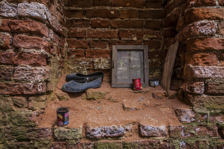 12/13. Када је после Револуције манастир затворен, икона је нестала. На зидовима Красногорског манастира остали су само фрагменти фресака.