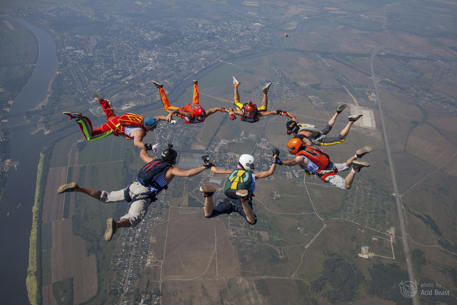 All the photos were taken at the Aerograd Kolomna Aero Club, 120 km from Moscow. Skydiving is the main activity at Aerograd Kolomna, which is the successor of Moscow's oldest aero club, Vodopiyanov DOSAAF [Volunteer Society for Cooperation with the Army, Aviation, and Fleet].