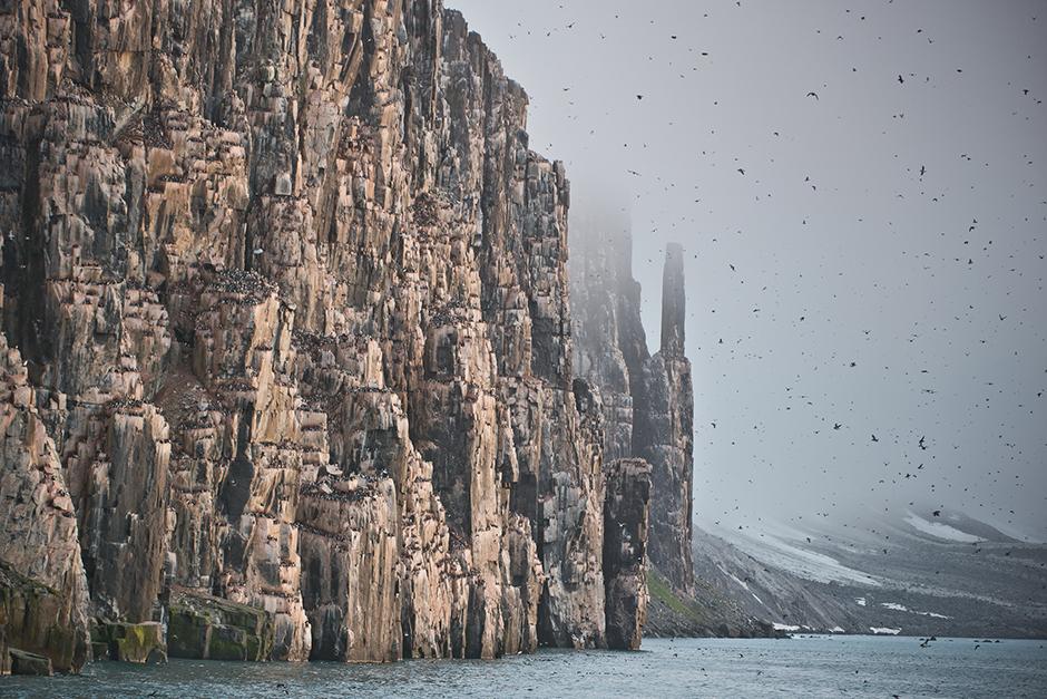 """Über die Polarforscher wurden Filme gedreht und Bücher geschrieben, sie waren die Quelle nationalen Stolzes. Für mehrere Generationen zählten die Filme """"Helden der Arktis, """"Zwei Kapitäne"""" und """"Taimyr ruft"""" zu einem Filmkanon von großer Bedeutung."""
