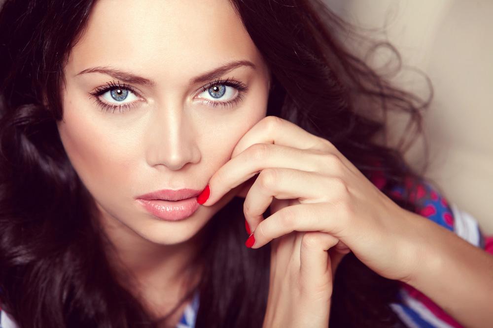 Nastasja je, pored karijere pjevačice, i jako uspješan model.