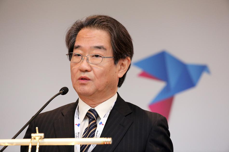 駐ロシア日本国特命全権大使原田親仁
