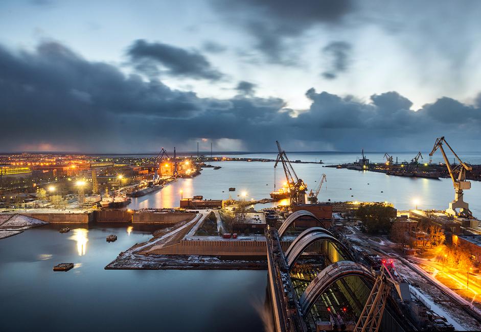 Od leta 1939 so v tej ladjedelnici zgradili 131 jedrskih in 36 dizelskih podmornic ter 45 ladij.