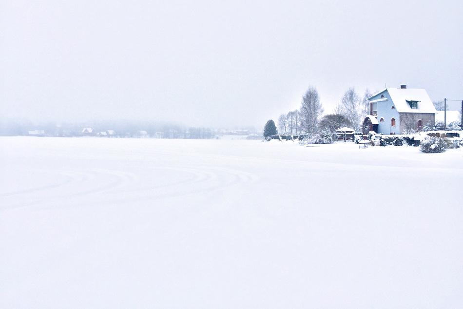 Valdaj se smjestio na putu od St. Peterburga i Moskve. Iako ga se danas može i zaobići, tamo smo odlučili prenoćiti jer nas je zatekla velika snježna oluja.