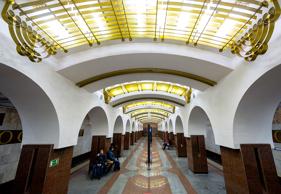 Moskovskaya Station was built over 9 years and opened on December 27, 2002.