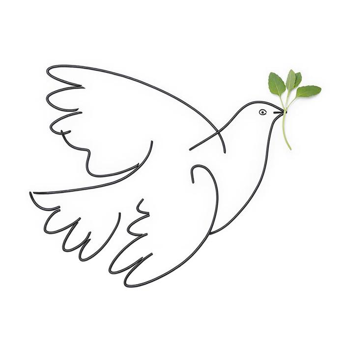 ]パブロ・ピカソ、『平和の鳩』、1961年。「これは彼のお気に入りの作品の一つだった。これには、パスタとハーブという、イタリア料理の材料を用いた」