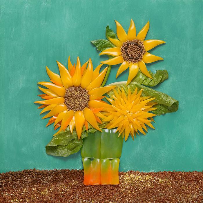 フィンセント・ファン・ゴッホ、『ひまわり』、1888年。「ファン・ゴッホはひまわりを数点描いた。この作品では、筆と花を使って背景の彼の筆遣いを模倣するのが興味深かった。また、様々な色のピーマンを使ってひまわりのボリューム感を表現するのも面白かった」