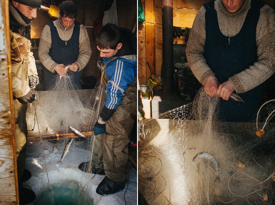 Mještani najčešće odlaze u ribolov na sjever jezera Oljhon. Tamo, na ledu, razvijaju svoje šatore, griju ih starim pećima i izvlače mreže pune riba iz rupa u ledu.