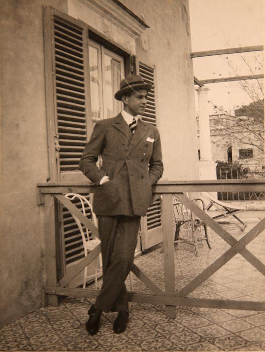 フェリックスは1909年から1910にかけてオックスフォードで学び、優雅なライフスタイルを満喫する中で、ディアギレフ、カルサヴィナやその他、季節興行するロシアのバレエ団の他のメンバーと遊び回った。