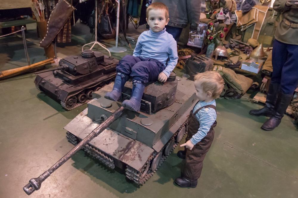 Miniatur tank kelas berat Jerman Tiger, kendaraan yang menjadi target empuk tank Soviet.