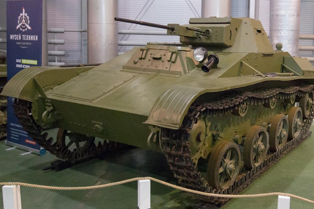 Tank ringan Soviet T-60 dibuat pada Agustus 1941 dan sebulan kemudian langsung bergabung dalam perbendaharaan senjata Soviet.