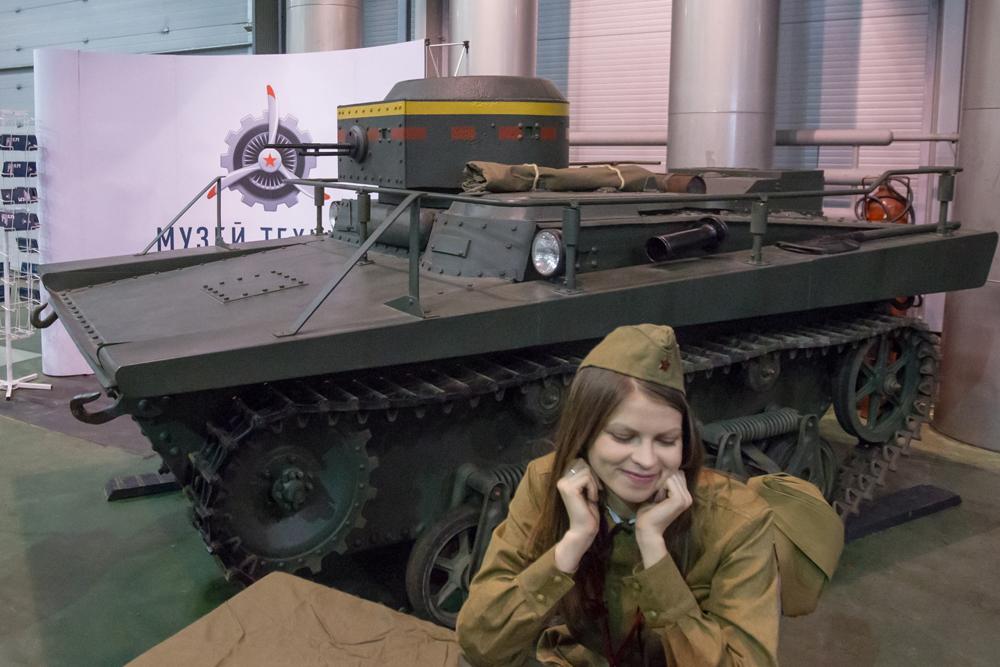 Kendaraan tempur artileri roket BM-13 (Katyusha), mimpi buruk Jerman.
