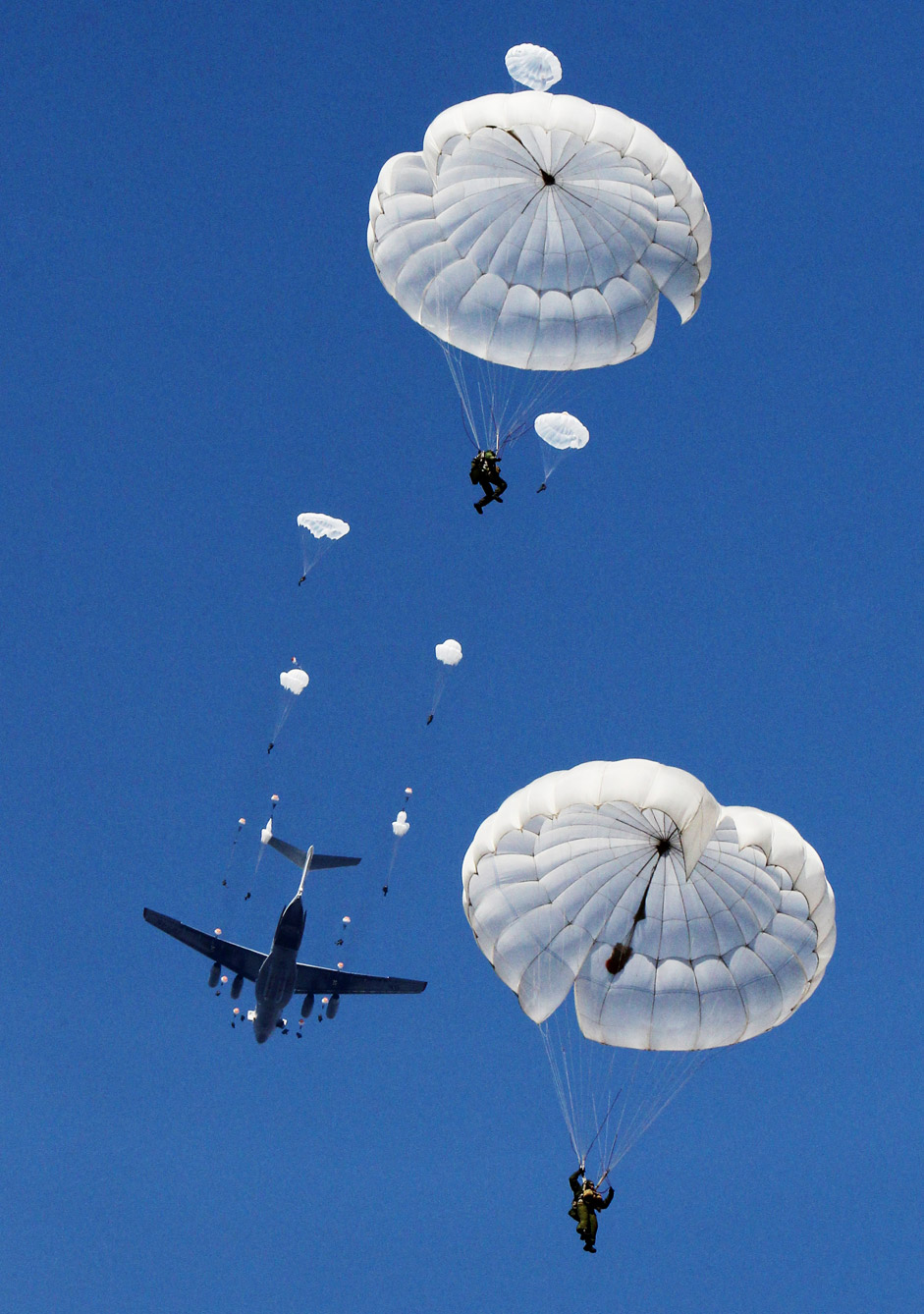 Russian paratroopers during tactical exercises on Sergeev range in Primorsky Territory