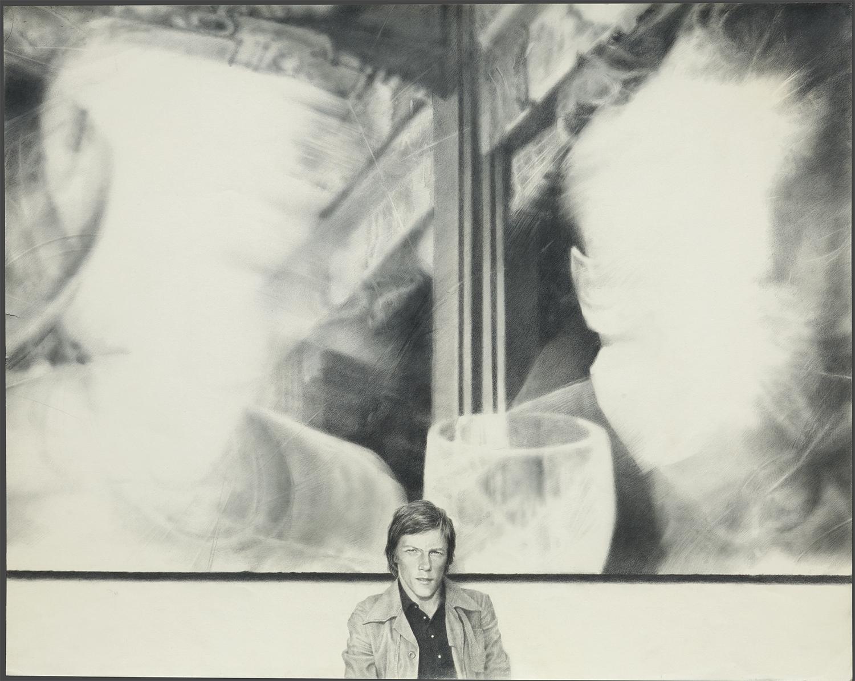 ゲッタ「絵画を背にした自画像」(1984)、国立トレチャコフ美術館