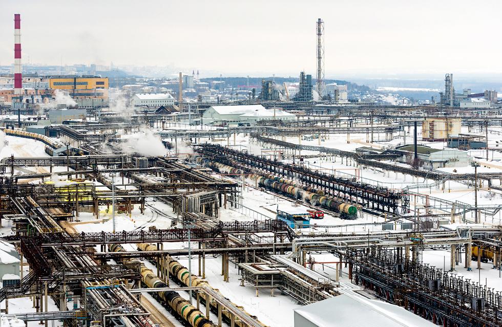 Razina štetnih emisija u rafinerijama zadovoljava ne samo ruske standarde, već i one europske i međunarodne.