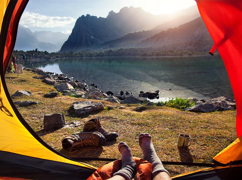 Oleg a planté sa tente dans les montagnes du Caucase en Russie, les Carpates en Ukraine et sur le mont Kazbek en Géorgie.
