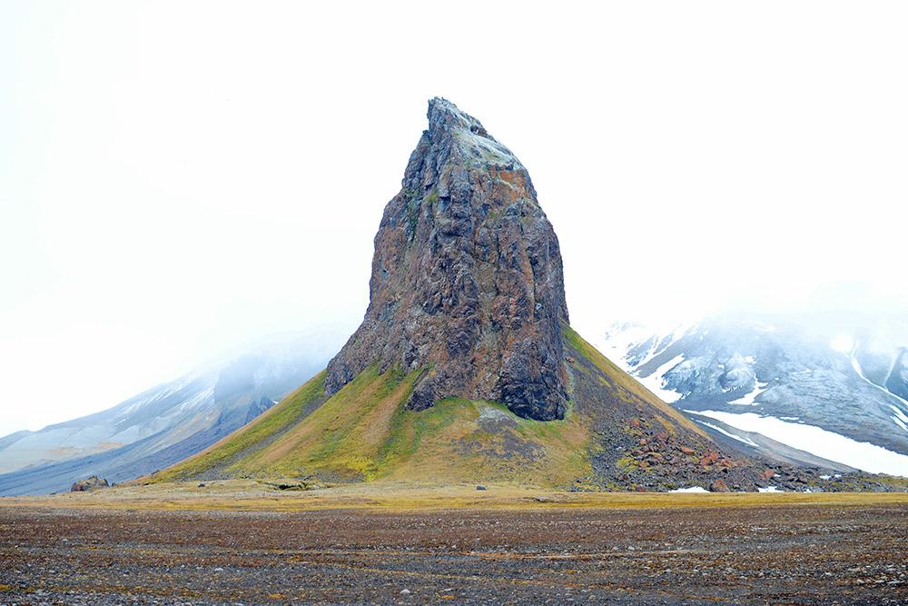 Obojmov je posjetio svaki arhipelag Ruskog Arktika, ali ne i svaki otok. Mašta o tome da zagazi na svaki od 191 otoka.