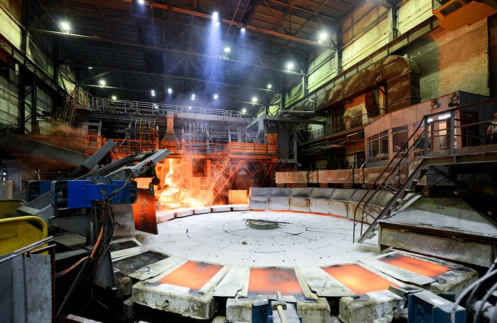 L'usine est équipée d'un complexe renforcé de tri et de broyage (Russie), d'une fabrique de silex (Citic, Chine), d'une section de flottation (RIF, St-Pétersbourg), d'une section de drainage (Outotec, anciennement Outokumpu, Finlande) et de presses à filtre céramiques (Chine).