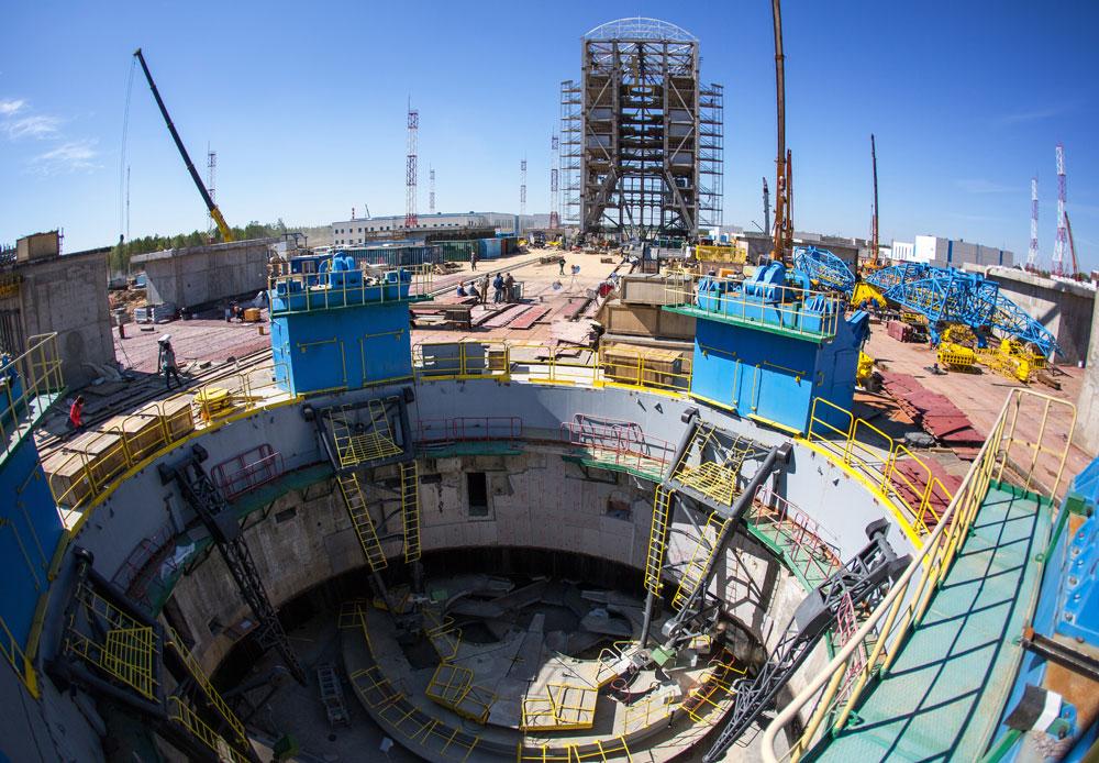 極東アムール地方に位置するボストチヌイ宇宙基地の発射台の火焔環。この宇宙基地が将来的に、バイコヌール宇宙基地に替わる予定。